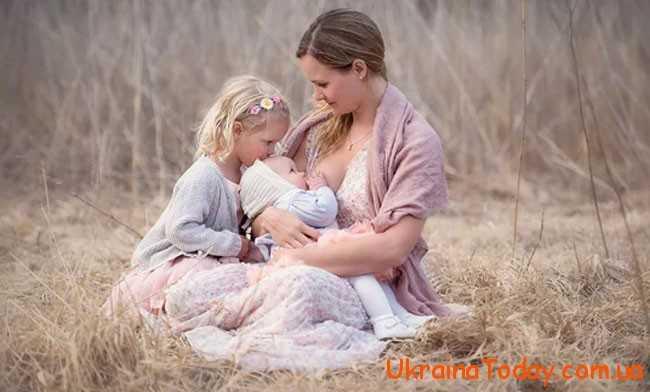 Способів привітати рідненьких матусь безліч