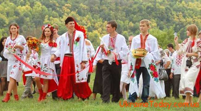 жителі України