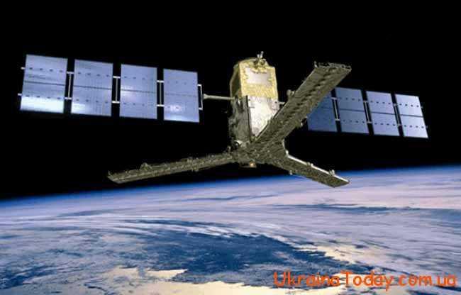 Трохи про супутник