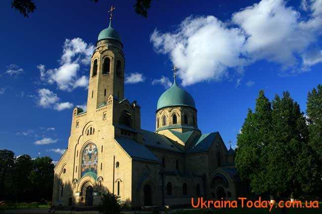 Православні християни часто відвідують храми
